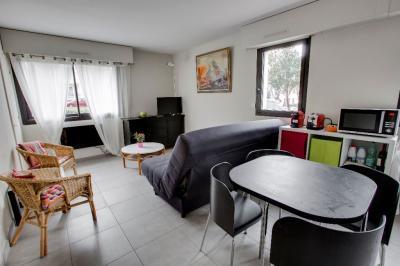 Appartement St Jean de Luz &bull; <span class='offer-area-number'>32</span> m² environ &bull; <span class='offer-rooms-number'>1</span> pièce