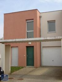 Villa Chartres &bull; <span class='offer-area-number'>98</span> m² environ &bull; <span class='offer-rooms-number'>5</span> pièces