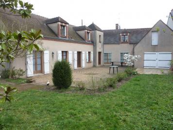 Maison Jargeau &bull; <span class='offer-area-number'>222</span> m² environ &bull; <span class='offer-rooms-number'>8</span> pièces