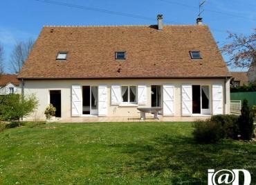 Maison Vulaines sur Seine &bull; <span class='offer-area-number'>162</span> m² environ &bull; <span class='offer-rooms-number'>8</span> pièces