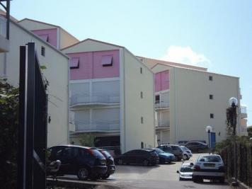 Appartement Les Trois Ilets &bull; <span class='offer-area-number'>51</span> m² environ &bull; <span class='offer-rooms-number'>3</span> pièces