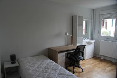 Appartement Cachan &bull; <span class='offer-area-number'>15</span> m² environ &bull; <span class='offer-rooms-number'>1</span> pièce