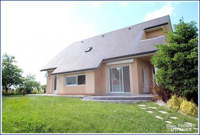 Maison Laloubere &bull; <span class='offer-area-number'>130</span> m² environ &bull; <span class='offer-rooms-number'>6</span> pièces