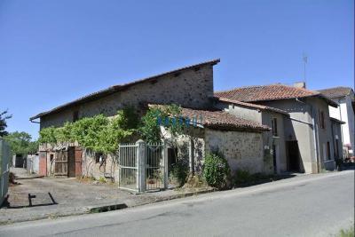 Maison St Auvent &bull; <span class='offer-area-number'>60</span> m² environ &bull; <span class='offer-rooms-number'>4</span> pièces