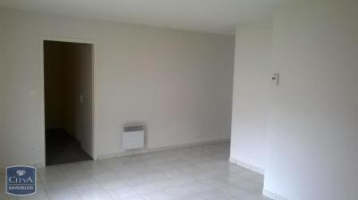 Appartement Pouzauges &bull; <span class='offer-area-number'>54</span> m² environ &bull; <span class='offer-rooms-number'>2</span> pièces