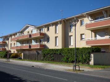 Appartement Le Barp &bull; <span class='offer-area-number'>50</span> m² environ &bull; <span class='offer-rooms-number'>2</span> pièces
