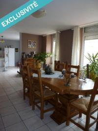 Appartement Longlaville &bull; <span class='offer-area-number'>108</span> m² environ &bull; <span class='offer-rooms-number'>3</span> pièces