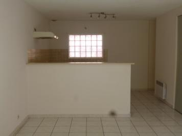 Appartement Coursan &bull; <span class='offer-area-number'>71</span> m² environ &bull; <span class='offer-rooms-number'>3</span> pièces