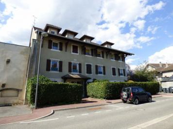 Appartement Divonne les Bains &bull; <span class='offer-area-number'>83</span> m² environ &bull; <span class='offer-rooms-number'>3</span> pièces