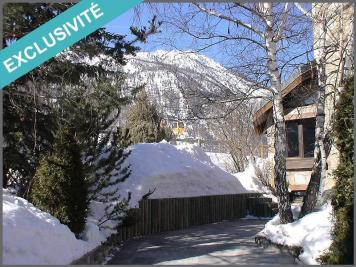 Maison Serre Chevalier &bull; <span class='offer-area-number'>250</span> m² environ &bull; <span class='offer-rooms-number'>9</span> pièces
