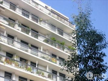 Appartement Courbevoie &bull; <span class='offer-area-number'>26</span> m² environ &bull; <span class='offer-rooms-number'>1</span> pièce