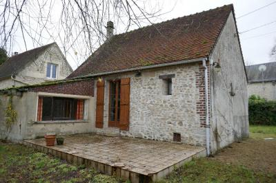 Maison Ste Genevieve &bull; <span class='offer-area-number'>80</span> m² environ &bull; <span class='offer-rooms-number'>4</span> pièces