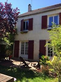 Maison Ozoir la Ferriere &bull; <span class='offer-area-number'>105</span> m² environ &bull; <span class='offer-rooms-number'>6</span> pièces