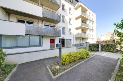Appartement Laxou &bull; <span class='offer-area-number'>65</span> m² environ &bull; <span class='offer-rooms-number'>3</span> pièces