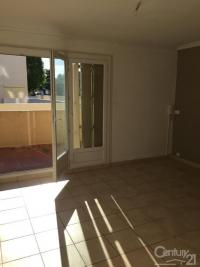 Appartement Aubagne &bull; <span class='offer-area-number'>58</span> m² environ &bull; <span class='offer-rooms-number'>3</span> pièces