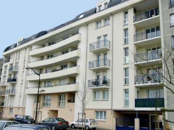 Appartement Orleans &bull; <span class='offer-area-number'>76</span> m² environ &bull; <span class='offer-rooms-number'>4</span> pièces