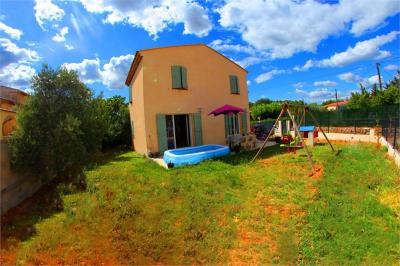 Villa Pourcieux &bull; <span class='offer-area-number'>90</span> m² environ &bull; <span class='offer-rooms-number'>4</span> pièces