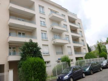 Appartement St Etienne &bull; <span class='offer-area-number'>56</span> m² environ &bull; <span class='offer-rooms-number'>2</span> pièces