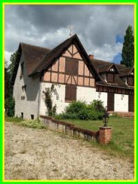 Maison Brinon sur Sauldre &bull; <span class='offer-area-number'>200</span> m² environ &bull; <span class='offer-rooms-number'>7</span> pièces