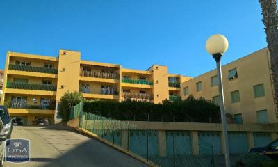 Appartement Six Fours les Plages &bull; <span class='offer-area-number'>66</span> m² environ &bull; <span class='offer-rooms-number'>3</span> pièces