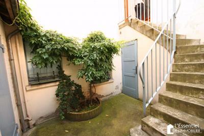 Appartement Triel sur Seine &bull; <span class='offer-area-number'>21</span> m² environ &bull; <span class='offer-rooms-number'>1</span> pièce