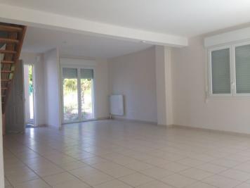 Maison Plogonnec &bull; <span class='offer-area-number'>99</span> m² environ &bull; <span class='offer-rooms-number'>4</span> pièces