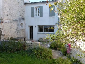 Maison Le Bois Plage en Re &bull; <span class='offer-area-number'>170</span> m² environ &bull; <span class='offer-rooms-number'>7</span> pièces