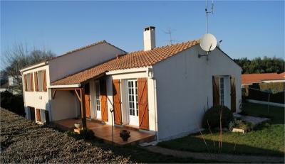 Maison Mouilleron le Captif &bull; <span class='offer-area-number'>100</span> m² environ &bull; <span class='offer-rooms-number'>6</span> pièces