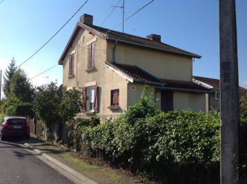 Maison Revigny sur Ornain &bull; <span class='offer-area-number'>120</span> m² environ &bull; <span class='offer-rooms-number'>8</span> pièces