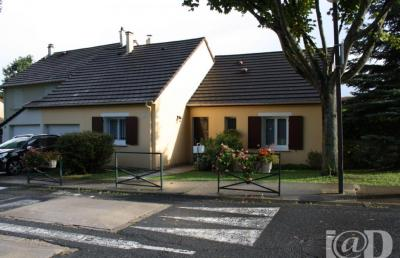 Maison St Thibault des Vignes &bull; <span class='offer-area-number'>96</span> m² environ &bull; <span class='offer-rooms-number'>4</span> pièces