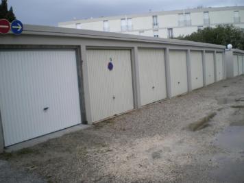 Parking Le Lavandou &bull; <span class='offer-area-number'>12</span> m² environ &bull; <span class='offer-rooms-number'>1</span> pièce