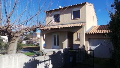 Maison Lunel Viel &bull; <span class='offer-area-number'>75</span> m² environ &bull; <span class='offer-rooms-number'>4</span> pièces
