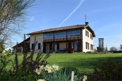 Maison Replonges &bull; <span class='offer-area-number'>160</span> m² environ &bull; <span class='offer-rooms-number'>6</span> pièces