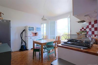 Appartement Paris 19 &bull; <span class='offer-area-number'>62</span> m² environ &bull; <span class='offer-rooms-number'>4</span> pièces
