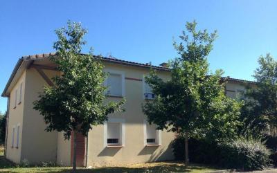 Appartement St Etienne de Tulmont &bull; <span class='offer-area-number'>38</span> m² environ &bull; <span class='offer-rooms-number'>2</span> pièces