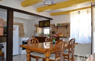 Maison Prez sous Lafauche &bull; <span class='offer-area-number'>122</span> m² environ &bull; <span class='offer-rooms-number'>4</span> pièces