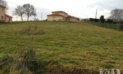Terrain Aixe sur Vienne &bull; <span class='offer-area-number'>1 584</span> m² environ