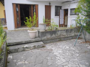 Appartement Artix &bull; <span class='offer-area-number'>118</span> m² environ &bull; <span class='offer-rooms-number'>5</span> pièces