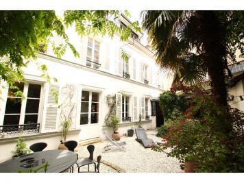 Maison Paris 14 &bull; <span class='offer-rooms-number'>9</span> pièces
