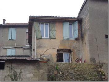 Maison Montrejeau &bull; <span class='offer-area-number'>90</span> m² environ &bull; <span class='offer-rooms-number'>4</span> pièces