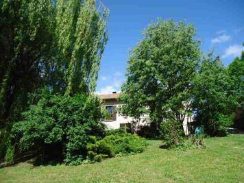 Maison St Pierre d Argencon &bull; <span class='offer-area-number'>180</span> m² environ &bull; <span class='offer-rooms-number'>9</span> pièces