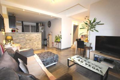 Appartement St Martin d Heres &bull; <span class='offer-area-number'>55</span> m² environ &bull; <span class='offer-rooms-number'>3</span> pièces