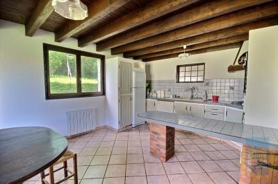 Maison St Bonnet les Oules &bull; <span class='offer-area-number'>145</span> m² environ &bull; <span class='offer-rooms-number'>6</span> pièces
