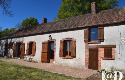 Maison Chatillon sur Loire &bull; <span class='offer-area-number'>156</span> m² environ &bull; <span class='offer-rooms-number'>5</span> pièces