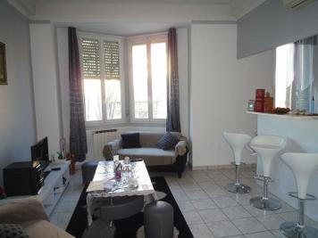 Appartement Marseille 09 &bull; <span class='offer-area-number'>41</span> m² environ &bull; <span class='offer-rooms-number'>2</span> pièces