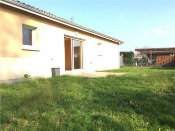 Maison St Denis de Pile &bull; <span class='offer-area-number'>56</span> m² environ &bull; <span class='offer-rooms-number'>2</span> pièces