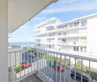 Appartement La Baule Escoublac &bull; <span class='offer-area-number'>50</span> m² environ &bull; <span class='offer-rooms-number'>2</span> pièces
