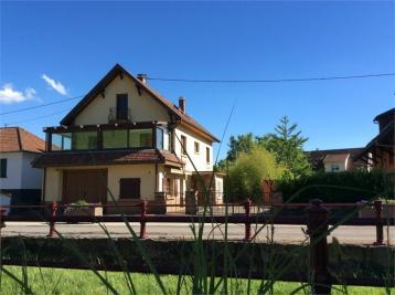 Maison Soultzmatt &bull; <span class='offer-area-number'>144</span> m² environ &bull; <span class='offer-rooms-number'>6</span> pièces