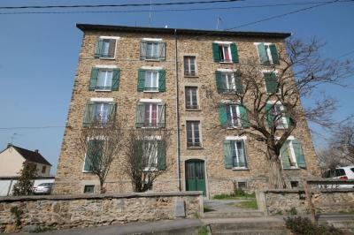 Appartement Villabe &bull; <span class='offer-area-number'>62</span> m² environ &bull; <span class='offer-rooms-number'>3</span> pièces