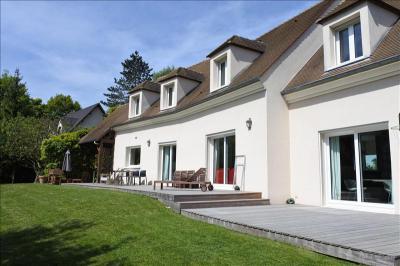 Maison Fourqueux &bull; <span class='offer-area-number'>263</span> m² environ &bull; <span class='offer-rooms-number'>9</span> pièces